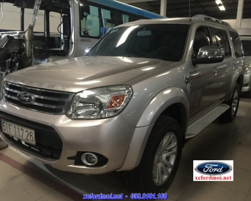 FORD EVEREST 2.5AT 2015
