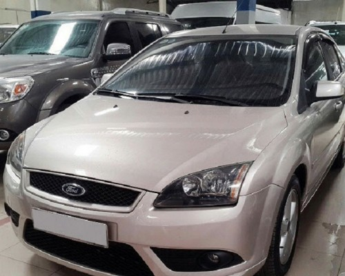 Ford Focus 1.8MT Hatback 2009